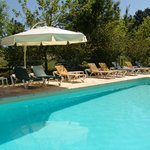 Verwarmd zwembad / Piscine chauffée / Heated swimming pool