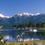  Beautiful Lake Te Anau