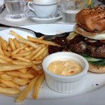 PS cafe burger