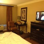 Foto Ayres Inn & Suites at the Mills Mall