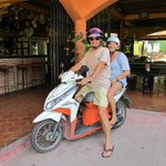                    Le scooter est idal pour parcourir Koh Samui