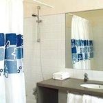 Bathroom MH Apartments Tetuan