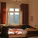                    Room #24 with a view to Neuer Markt and Donnerbrunnen