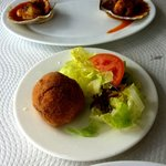  Patata rellena con atun - potato stuffed with tuna
