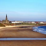 Tynemouth Longsands looking towards Cullercoats