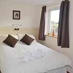  Roe Deer cottage bedroom