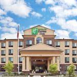 A Great Day for a Stay at Holiday Inn Express