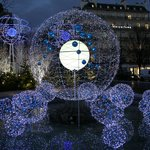 Beautiful Xmas lights, just one of the reasons to travel to Paris in Winter
