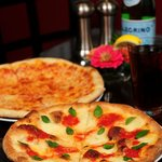 Cheese Pizza & Margherita Pizza