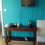                    TV and tea station