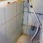  Bad caulking and mold
