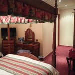 Mary Suite 2 (Room 19)