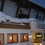                    Hotel Omesberg  |  Omesberg 5, Lech