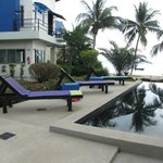                    Pool with view to Samui (not on the pic :-)