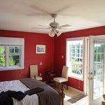 Photo de By the Bay Bed and Breakfast