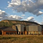 ‪Natural Retreats South Fork Lodge‬