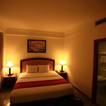 Kingston Hotel resmi