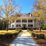 ‪The Twelve Oaks Bed & Breakfast‬