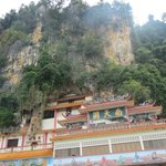                                      temple next to sam poh tong