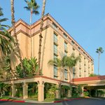 Photo de Embassy Suites Arcadia - Pasadena Area