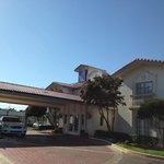 Photo de Motel 6 - Dallas - Market Center