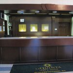  Front Desk 2