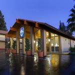 BEST WESTERN Valencia Inn