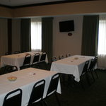  Comfort Suites Owensboro Meeting Room