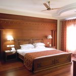 The Splendid rooms with a wooden-finish