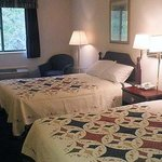 Ashland Inn Suites Room