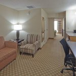  CountryInn&amp;Suites Tuscaloosa  Suite