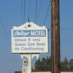 Photo de College Motel