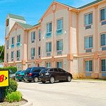 ‪Super 8 Irving / DFW Apt / North‬