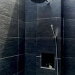                    best outdoor shower design