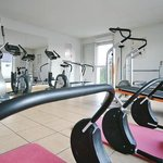  Park&amp;Suites Confort Dijon Ahuy - Fitness Room