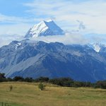 Mount Cook viewed from south of the village, Aptly named Aoraki - Cloud Splitt
