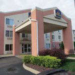                    Best Western Penn-Ohio Suites, Hubbard, Ohio