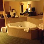                    Jacuzzi Suite
