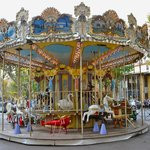                                      Aix carousel