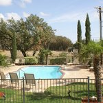 Comfort Inn &amp; Suites Texas Hill Country