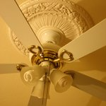                                      Ceiling fan