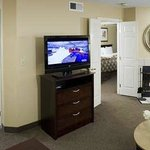  Homewood San Jose Airport hotel living area in a comfortable suite.
