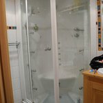                                      Fantastic shower room 7. Fill like a bath then activate. Doo
