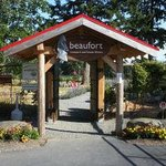 Photo de Beaufort Vineyard &