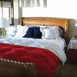 Katie's Wild Rose Inn Bed and Breakfast Overlooking Coeur d'Alene Lake