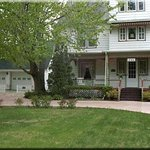 Queen Marie Victorian Bed and Breakfast