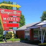 Munger Moss Motel