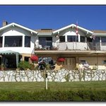 Beacon B&B By the Sea / Spa