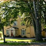 Harbour's Edge Bed & Breakfast
