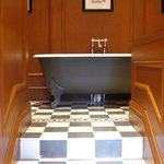  Some suites feature a free standing roll top bath or a spa bath